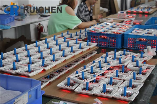 2ml autosampler vialCustomize Embedded Road Stud Lights For Sale