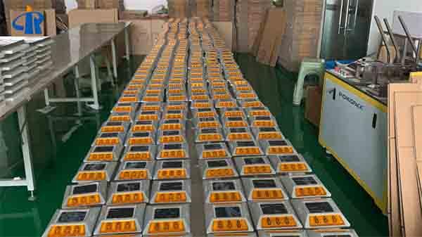 2ml autosampler vialRuiChen Traffic Professional solar road stud manufacturer