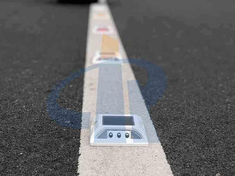 2ml hplc vialSolar Road Studs application in the field of transportation